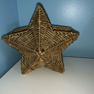 Other - Rich toned star wicked basket 🧺